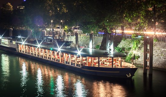 Special Bastille Day Amiral dinner cruise