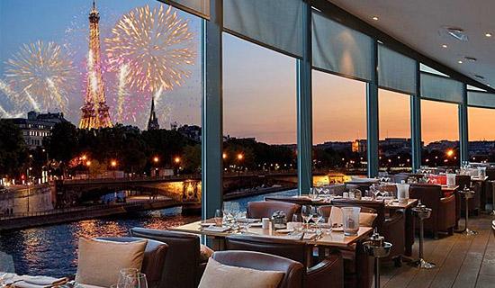 Cena restaurante Le Club Bateaux Mouches - 14 de julio