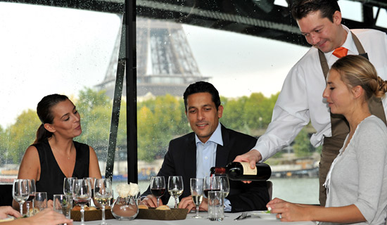 Lunch cruise in Paris at Best price