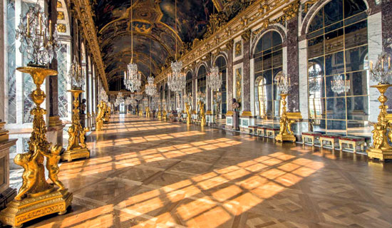 Discover the Castle of Versailles at the best price