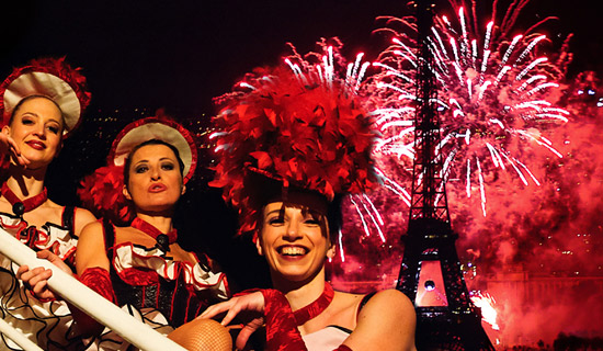 "Dinner cruise ""Paris Cancan"" Bastille Day special"