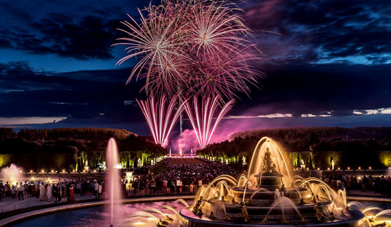 Night Fountains Show in Versailles