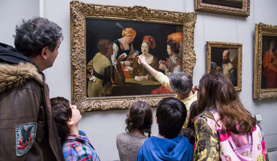Private visit of the Louvre museum - Special for children and families