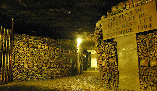 Skip the line tickets with audioguide - Catacombs of Paris