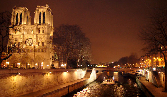 A night in the Latin Quarter - Exclusive offers
