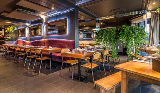 """""""Buffet aperitivo"""" en el restaurante Le Frou Frou + Crucero nocturno"""