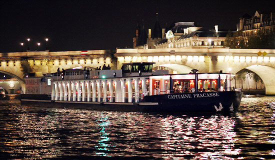 New Year's Eve dinner cruise on the Capitaine Fracasse