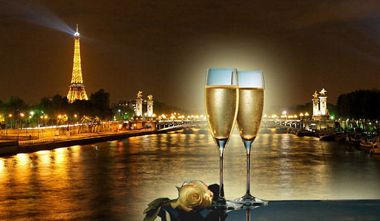 Gourmet cruise of New Year's Eve Evening