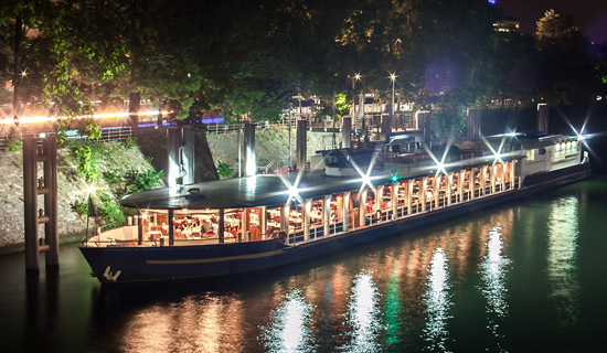 """Amiral"" dinner cruise New Year's Special"