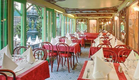 Diner de Saint Valentin Place du Tertre