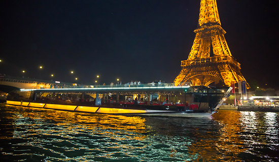Bateaux Mouches dinner cruise PRESTIGE