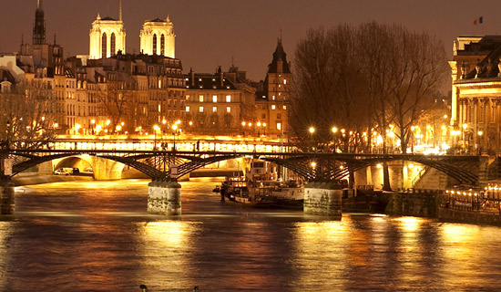 Dinner cruise + Paris night Tour