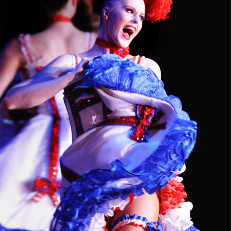 Cabarets à Paris - Moulin Rouge, Lido de Paris. Diner et spectacle