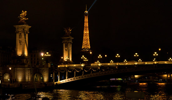 "Night cruise in Paris ""La parisienne"""