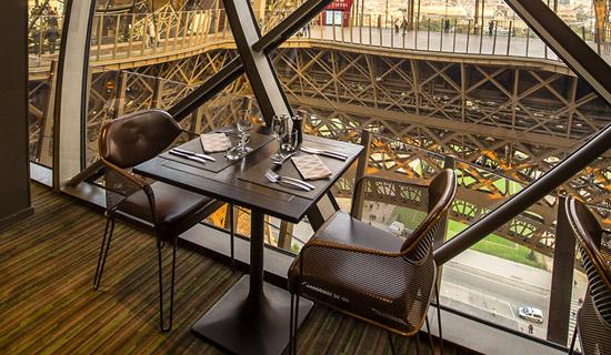 Déjeuner à la Tour Eiffel + croisière