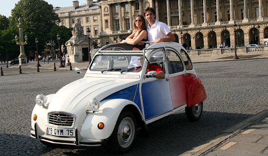Montmartre tour by 2CV