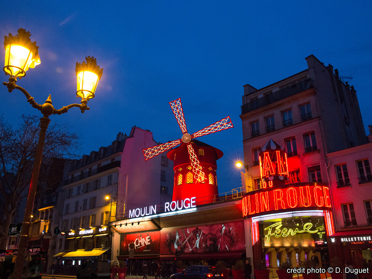 Cafe Moulin Rouge Paris