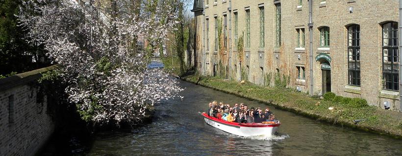 Promenade sur les canaux à Bruges