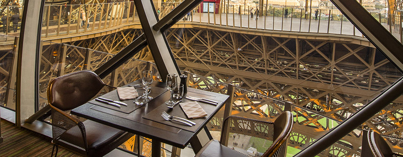 The restaurant 58 Tour Eiffel